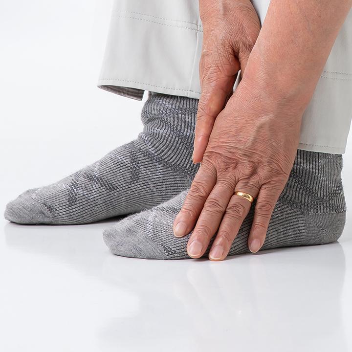 足トラブルを抱えている高齢者は多い